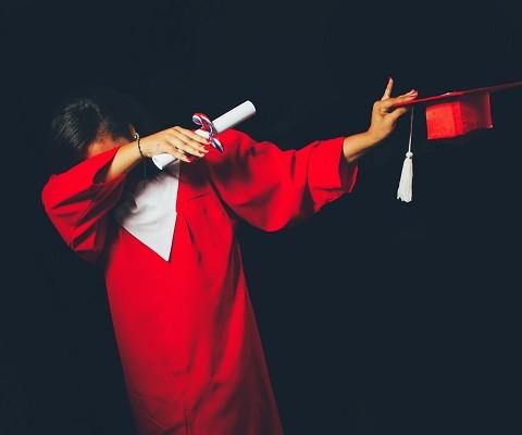 new graduate dabbing